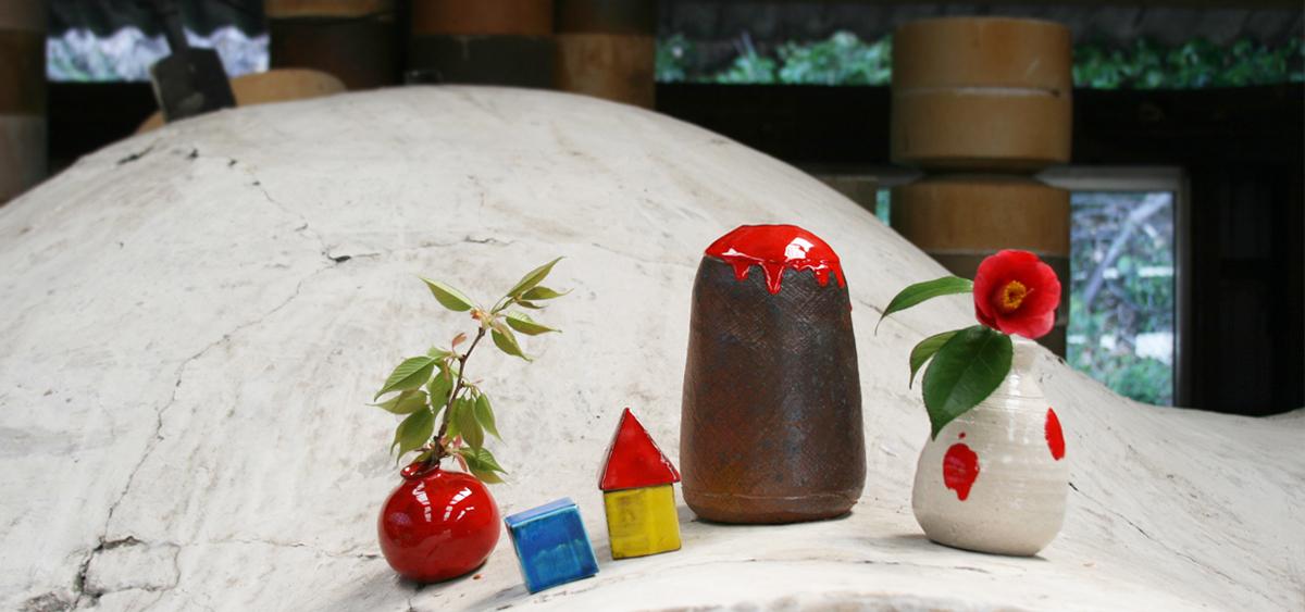 京千の登り窯と器